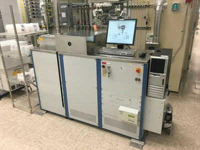 photo of oxrie etcher in SNF Cleanroom